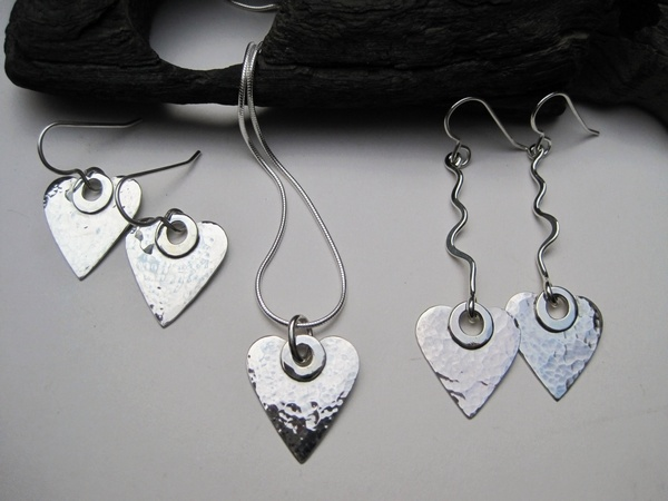 Hammered Silver Heart Pendant and Earrings