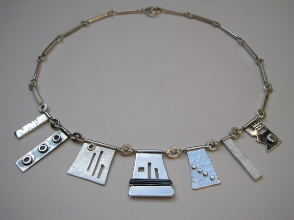 Silver Seven-Section Choker